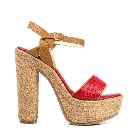 HEIDY01-Rojo foto lateral $193 Mes abril2017